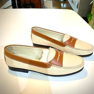 Kroll leather beige and brown loafers